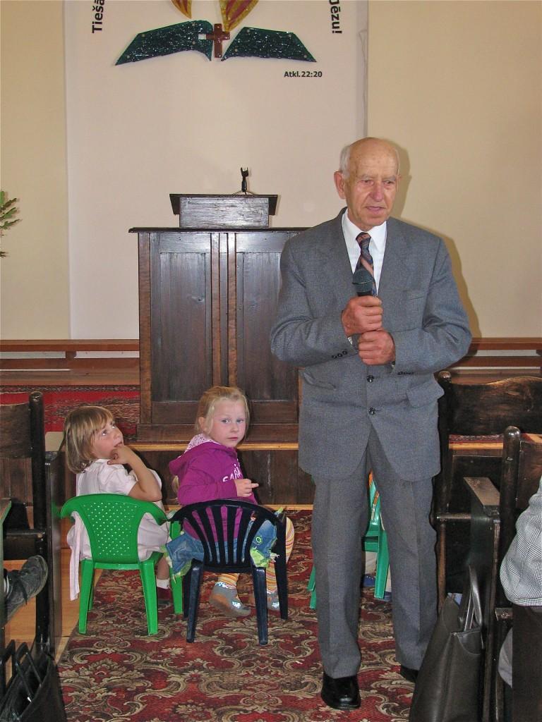 Kristaps Grīnbergs un ļoti uzmanīgi jaunākie klausītāji